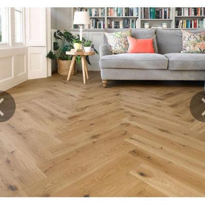 Herringbone Engineered European Rustic Oak Flooring 14mm x 130mm Toffee Oiled